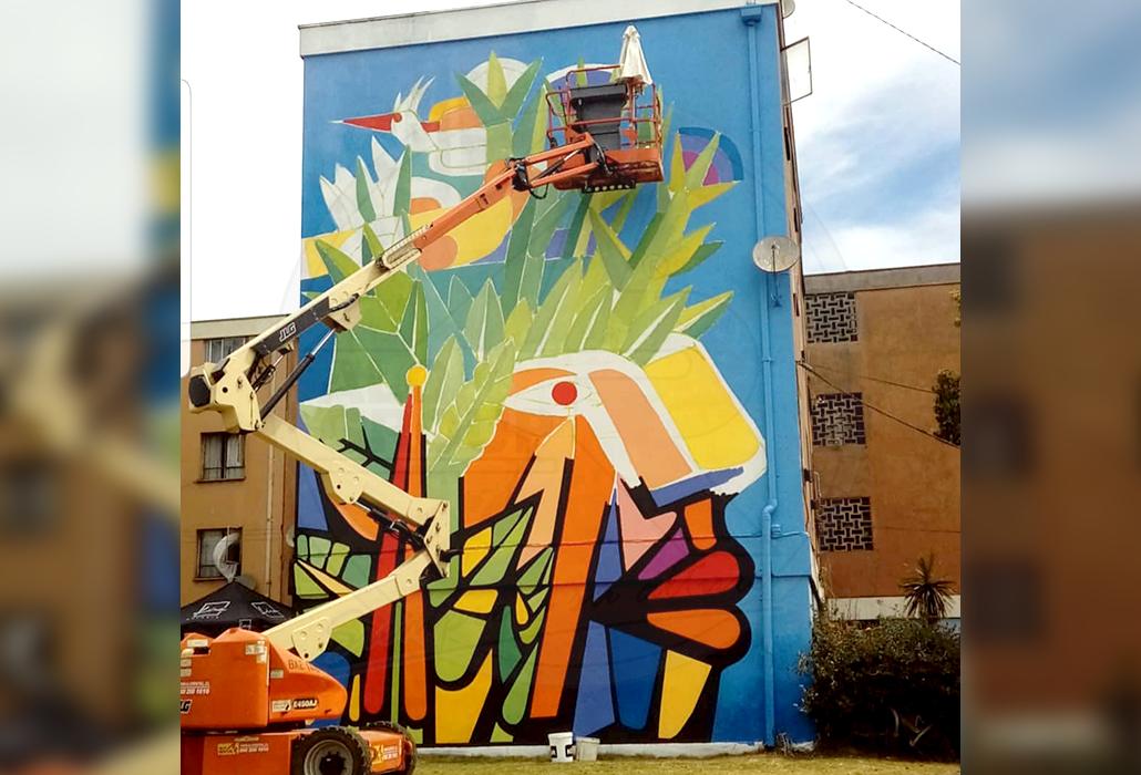 ALO Rental en mural artístico